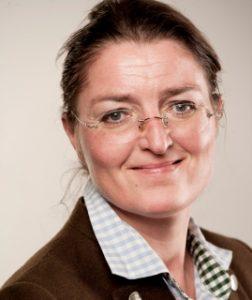 Chorleiterin Maren Hagemann-Loll